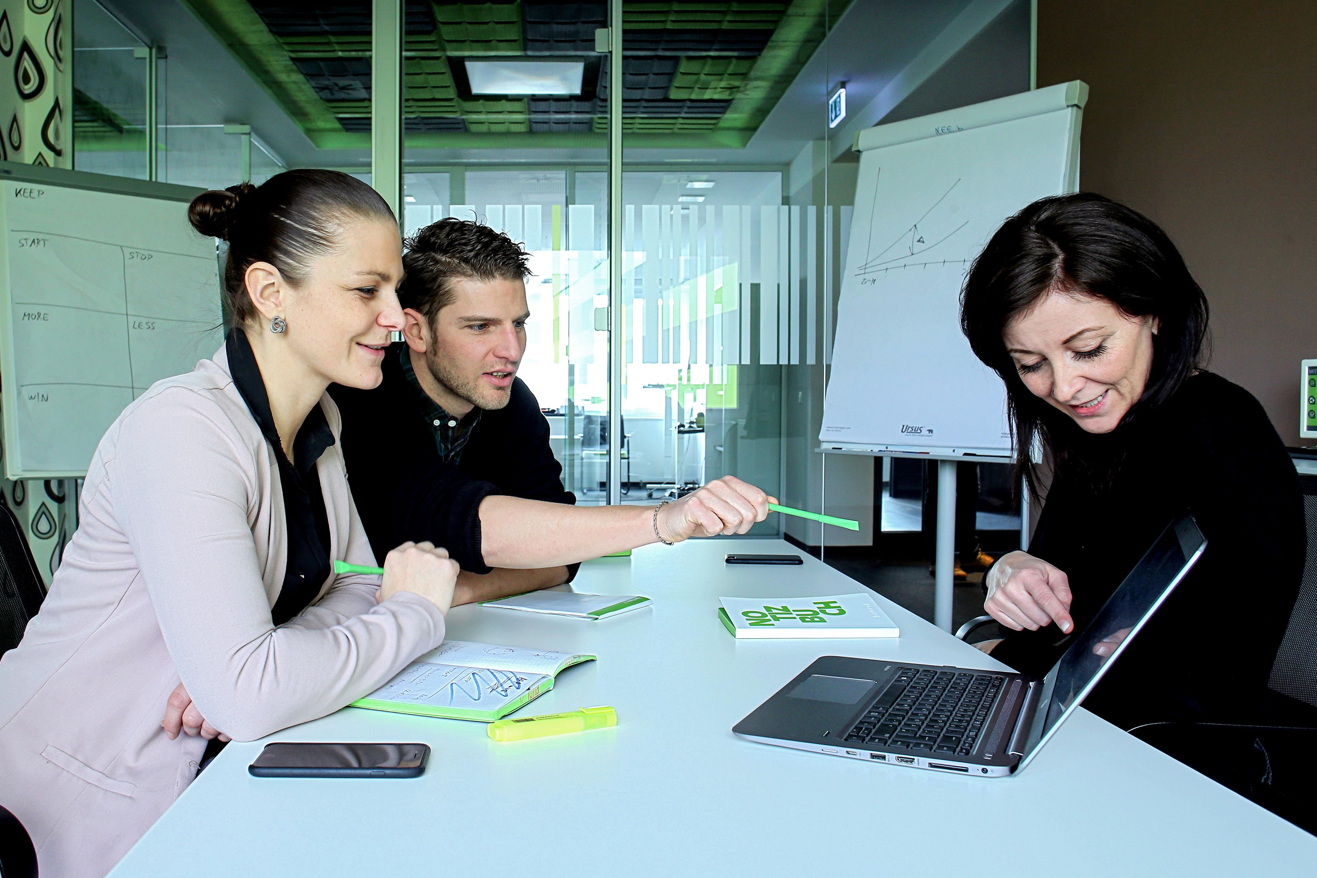 Unternehmensfoto Meeting1